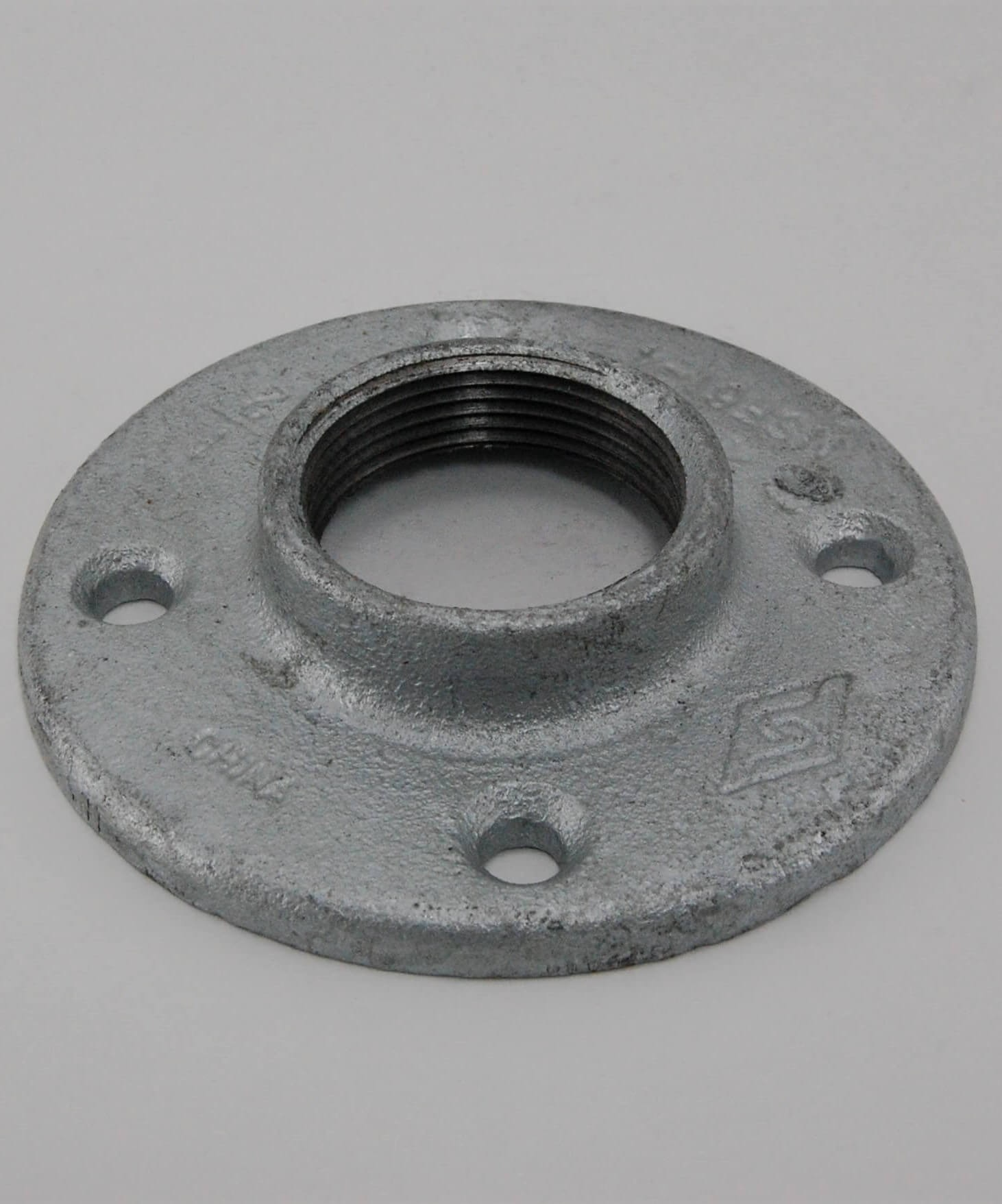 Galvanized floor flange pipe fittings